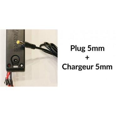Chargeur 33V3.5Ah pour Booster Plus plug 5mm